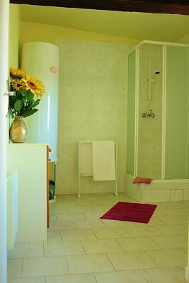 gite-3- shower-roomo
